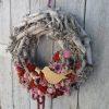 Őszi ajtókoszorú rusztikus faág alapon