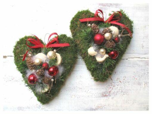 Moha szív karácsonyi ajtókoszorú piros-fehér színben