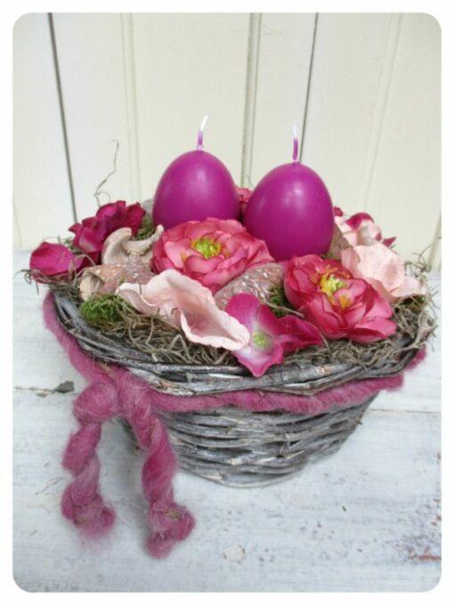 Húsvéti asztaldísz gyertyával