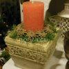 Karácsonyi asztaldísz kő kaspóban