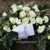 Temetési görög koszorú fehér tavaszi virágokkal