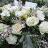 Temetési görög koszorú fehér virágokkal